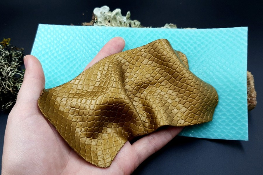 Silicone Texture Snake Skin Leather - 190x100mm 2