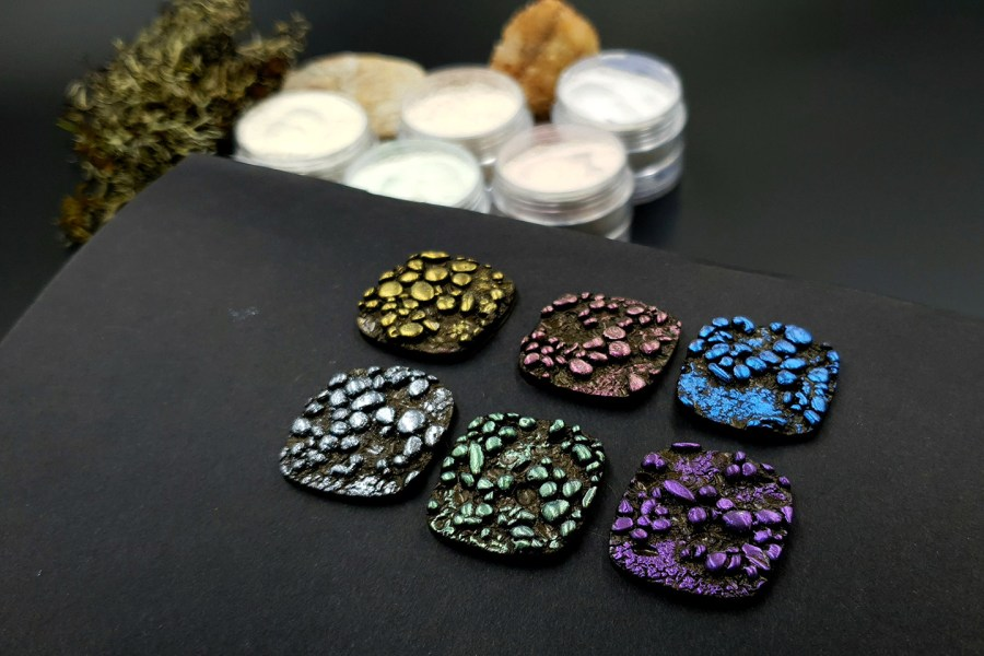 5 colors Chameleon powders + 1 Crystal White Pearl powder 9