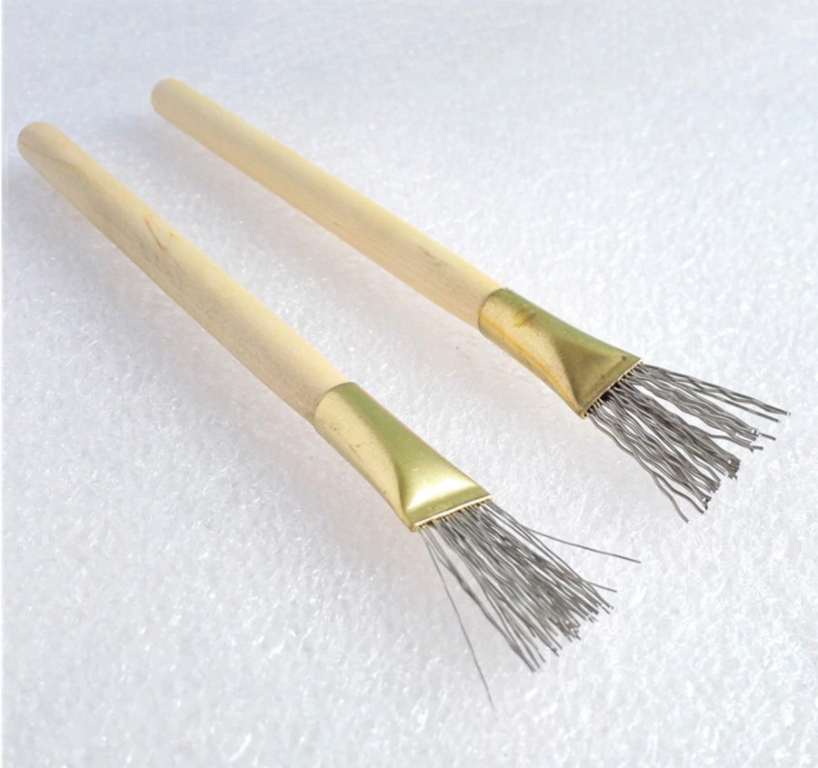 2 pcs Wooden Handle Thick/Thin Iron Wire Brush Clay Tool 9
