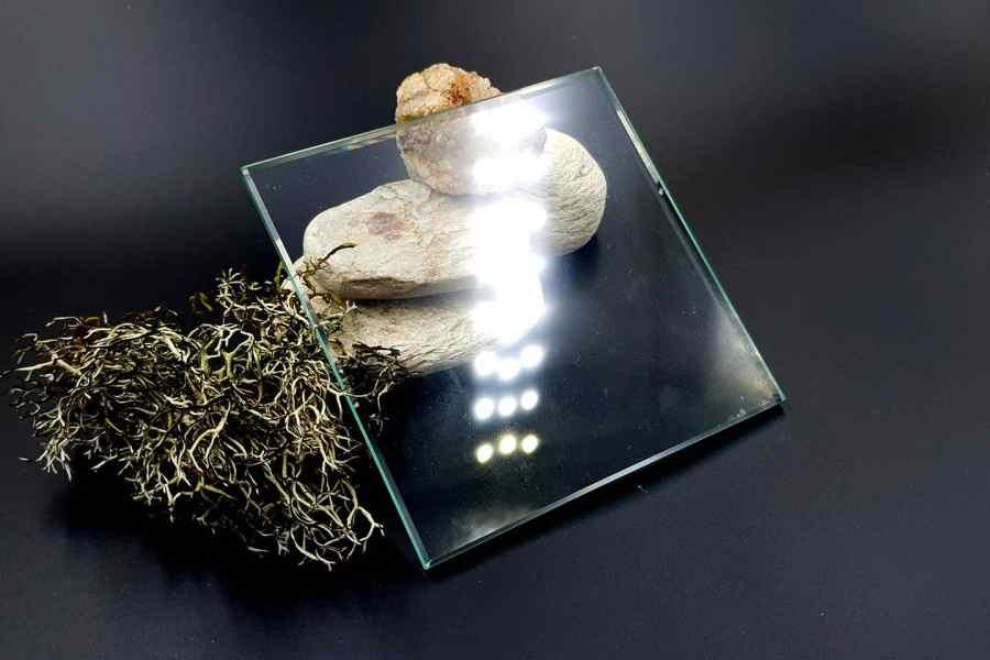 Glass Tile - Size 10x10cm 1
