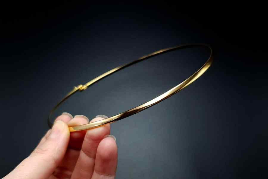 Metal Base Golden Necklace 5