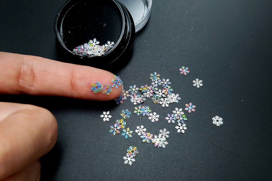 Colorful Snowflakes (30g) 4
