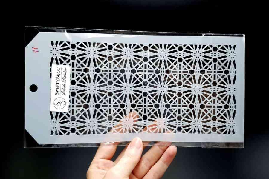 Geometric Moroccan Pattern (12x24cm)