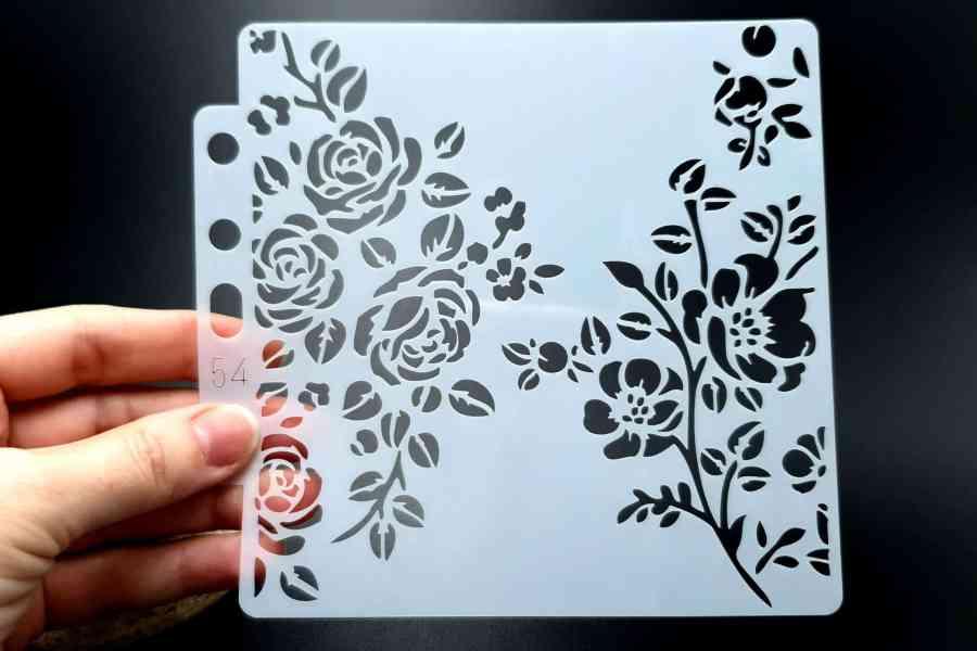 """Set of 4 pcs """"Floral"""" Plastic Stencils 6"""