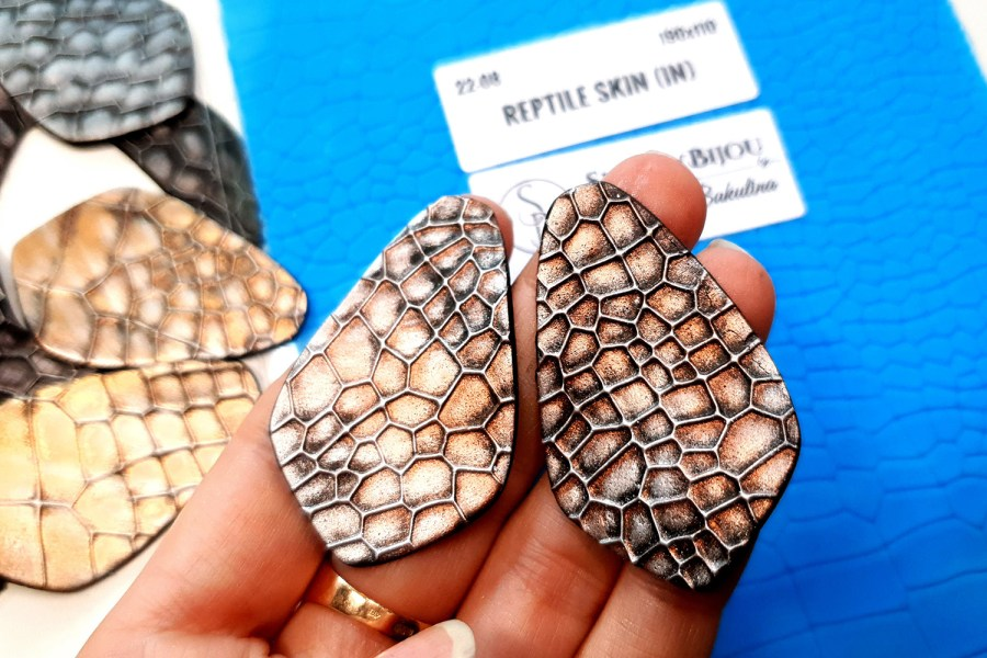 Reptile Skin (IN, 190x110)
