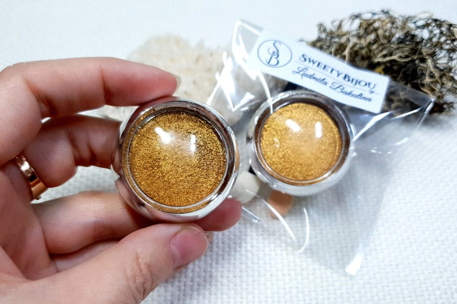 Gold - Solid metal powder (1pcs) 8
