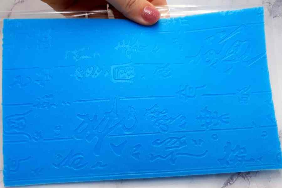 Super Thin Texture - Textured Hieroglyphs (190x120) 7
