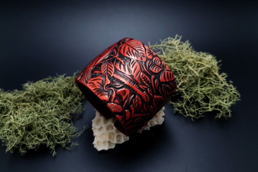 "Bracelet ""Red Wood"" Polymer clay 1"