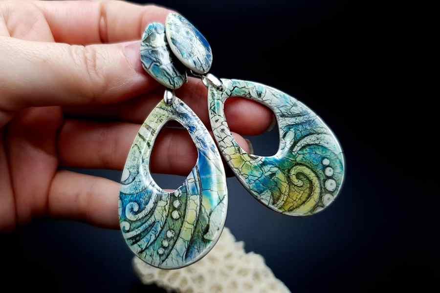Faux ceramic earrings