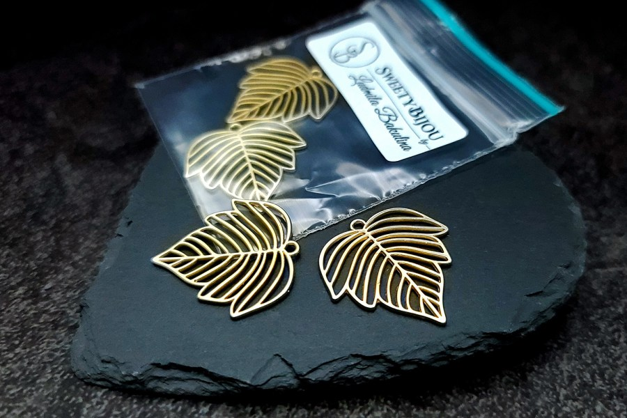 Pair of matt golden color leafs charms for earrings