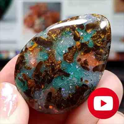 Realistic Boulder Opal stone imitation