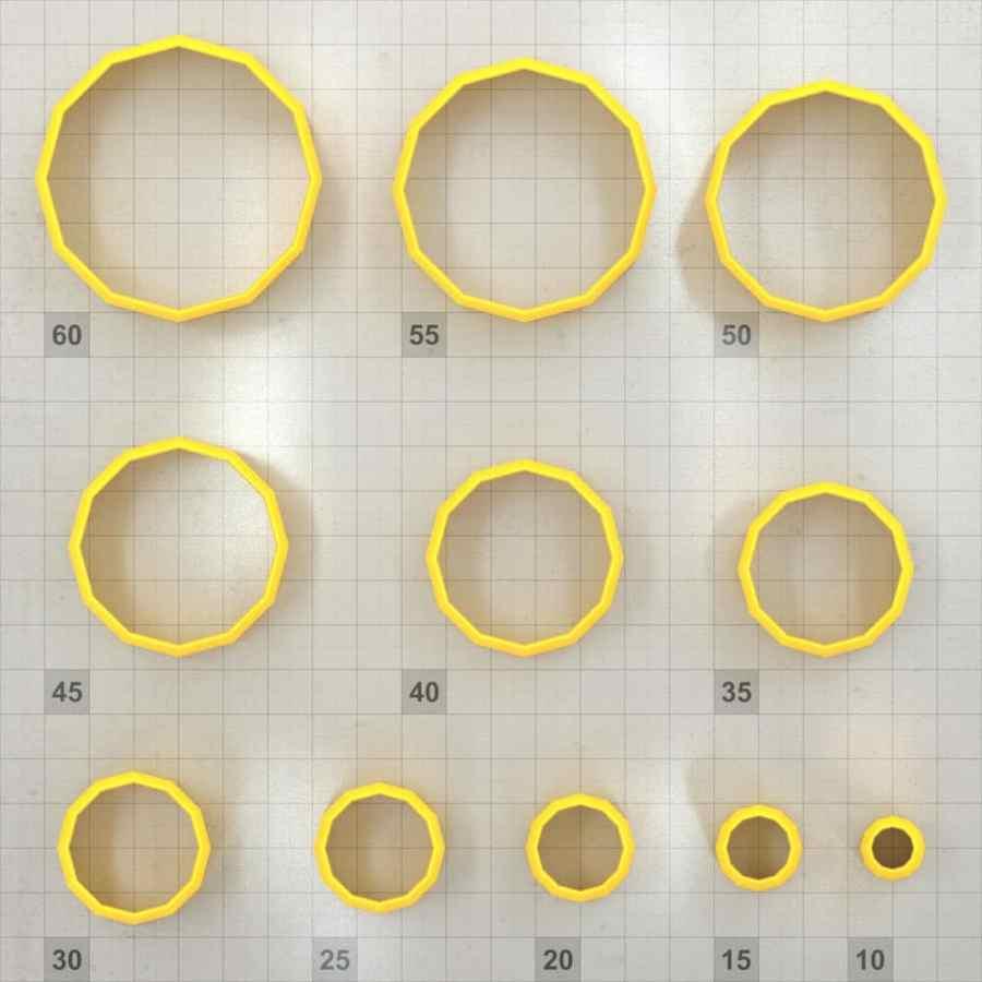 Big set of 11 plastic cutters: 12-SIDES