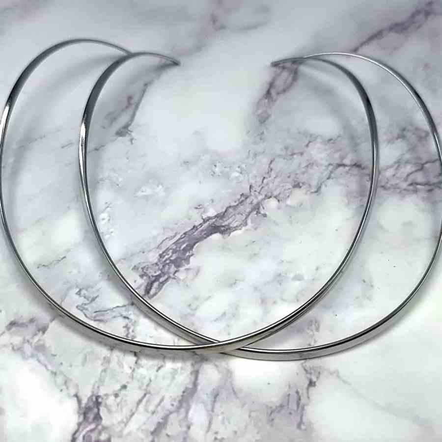 2 Silver color metal necklaces for Pendant