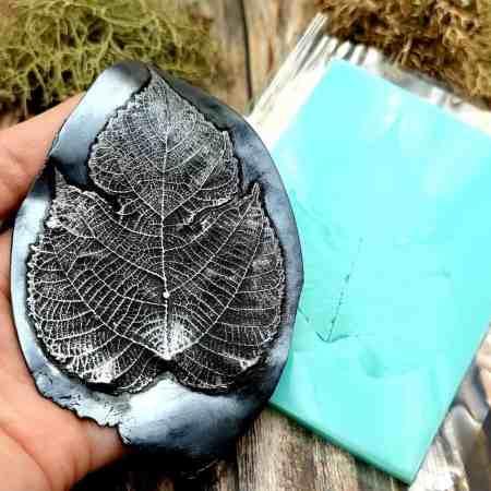 Detailed Leaf – Handmade texture-mold of real leaf