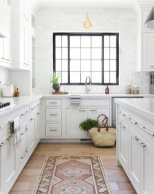 Amazing White Kitchen Design Ideas Which Will Make You Like Cooking 10