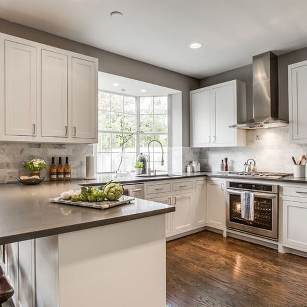 Amazing White Kitchen Design Ideas Which Will Make You Like Cooking 16