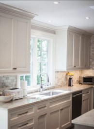 Amazing White Kitchen Design Ideas Which Will Make You Like Cooking 21