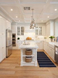 Amazing White Kitchen Design Ideas Which Will Make You Like Cooking 30