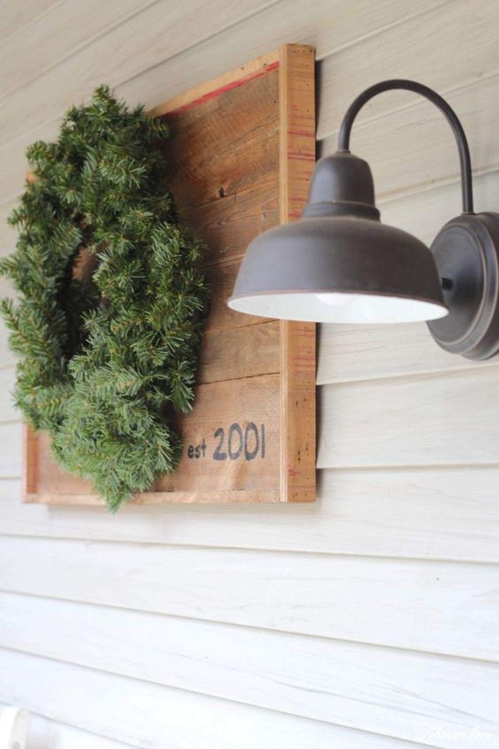 Amazing Winter Home Decoration Ideas 03