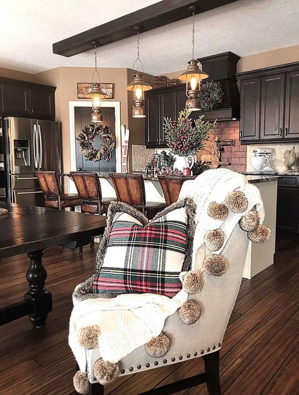 Amazing Winter Home Decoration Ideas 16