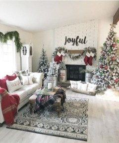 Amazing Winter Home Decoration Ideas 42
