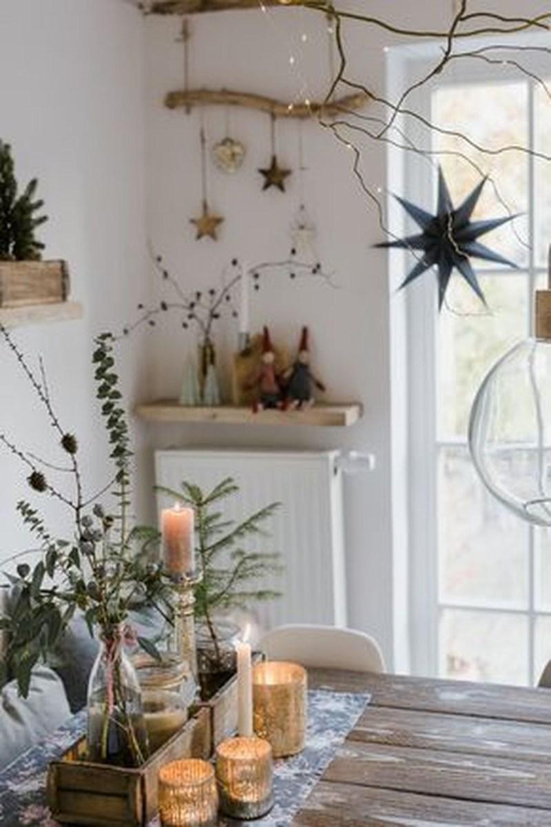 Amazing Winter Home Decoration Ideas 44