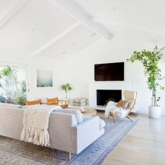 Awesome Winter Simple Living Room Decor Ideas You Must Try 22