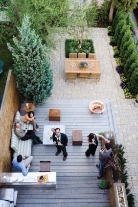 Beautiful Small Backyard Landscaping Ideas 08