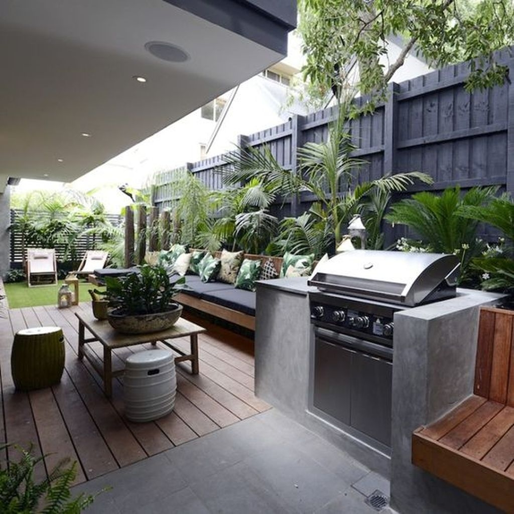 Beautiful Small Backyard Landscaping Ideas 27