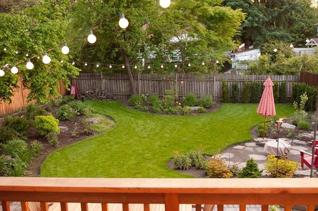 Beautiful Small Backyard Landscaping Ideas 31