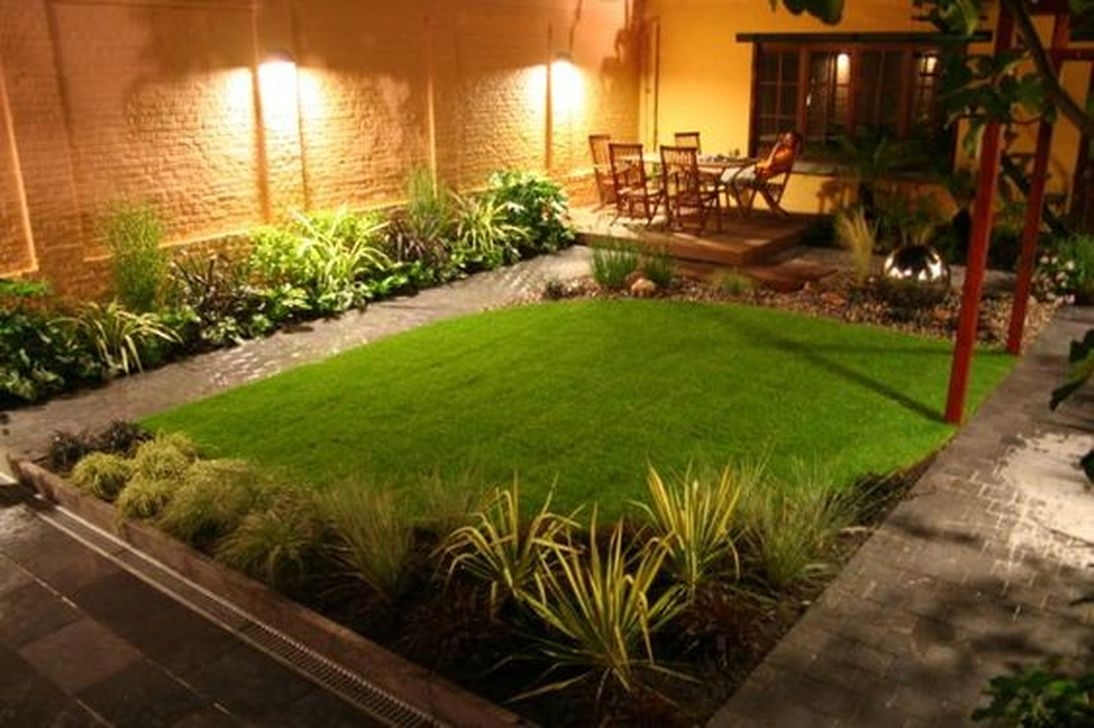 Beautiful Small Backyard Landscaping Ideas 35