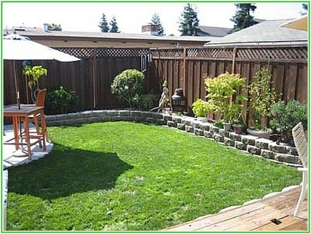 Beautiful Small Backyard Landscaping Ideas 37