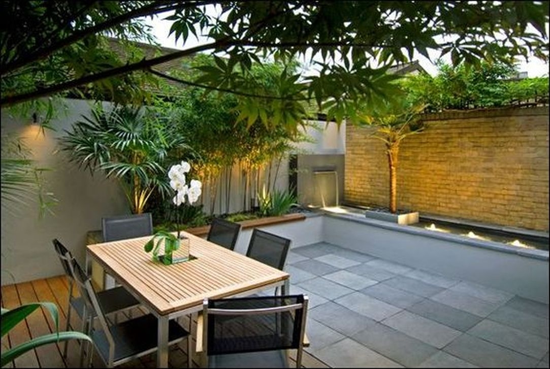 Beautiful Small Backyard Landscaping Ideas 45