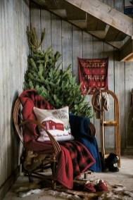 Gorgeous Winter Front Porch Design Ideas 20