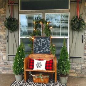 Gorgeous Winter Front Porch Design Ideas 49