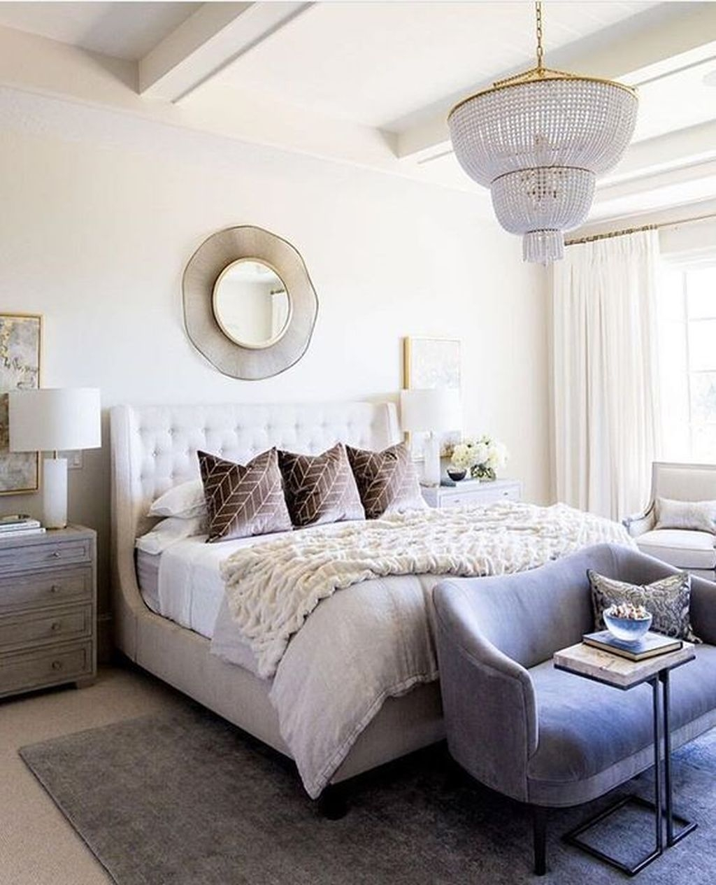 Lovely Winter Master Bedroom Decorations Ideas Best For You 19