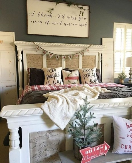 Lovely Winter Master Bedroom Decorations Ideas Best For You 45