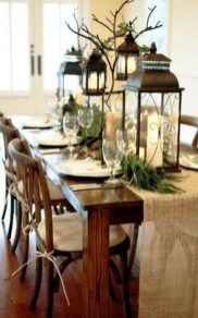 Popular Winter Dining Room Decorations On Your Table 25