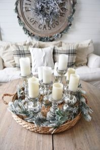 Stunning Winter Living Room Decor Ideas You Should Try 13