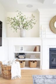 Stunning Winter Living Room Decor Ideas You Should Try 41