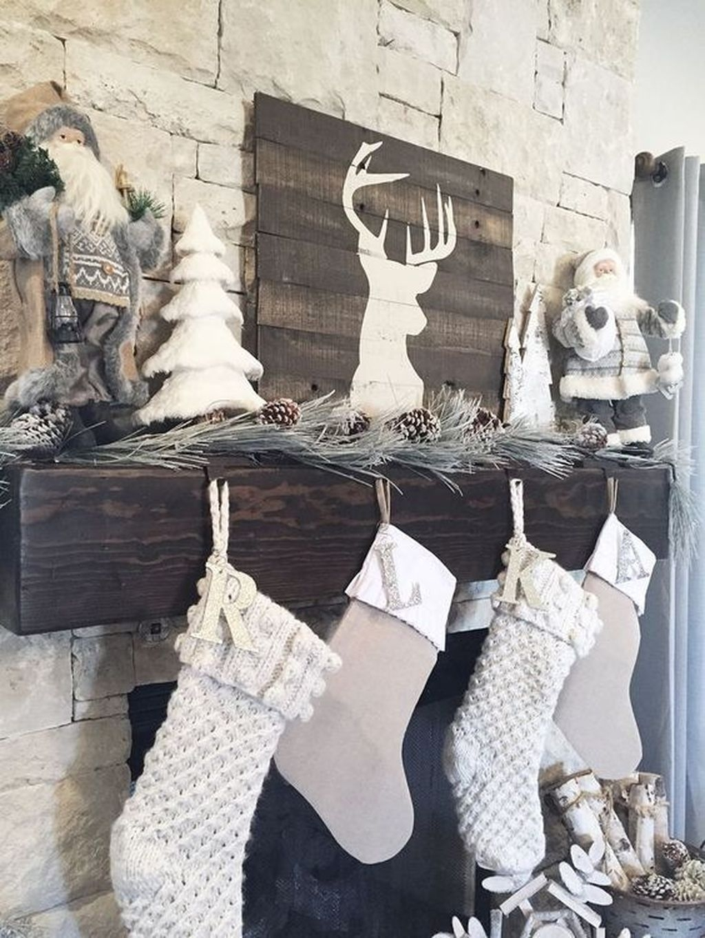 The Best Christmas Fireplace Decoration For Any Home Model 25