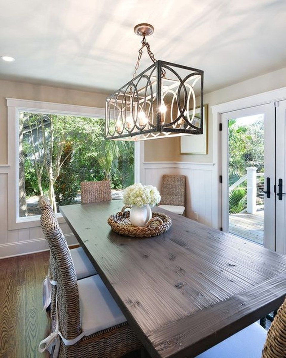 The Best Winter Dining Room Decorations 03