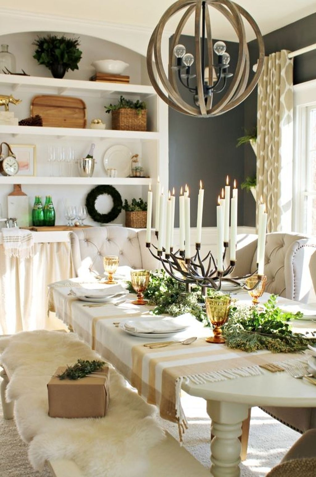 The Best Winter Dining Room Decorations 16
