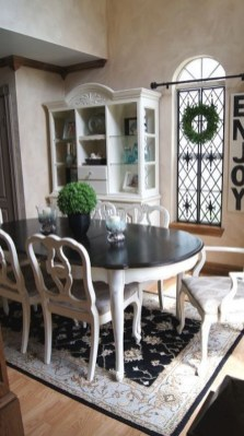 The Best Winter Dining Room Decorations 35