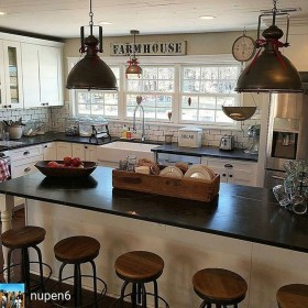 Amazing Remodeling Farmhouse Kitchen Decorations 01