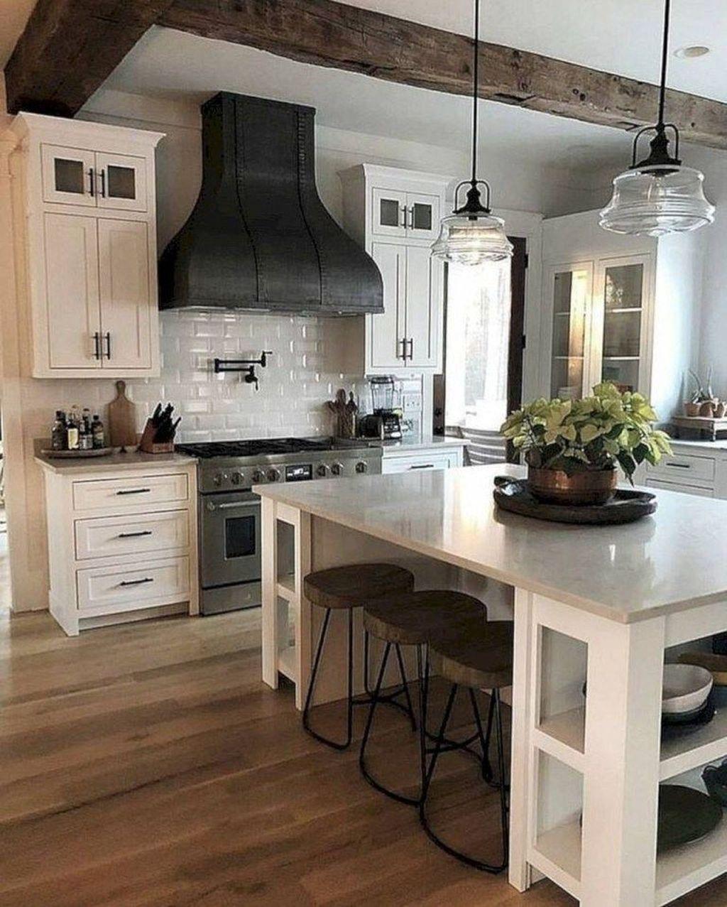 Amazing Remodeling Farmhouse Kitchen Decorations 31 ...
