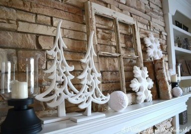 Applying Wooden Planks Correctly To Make Rustic Winter Home Decoration 01