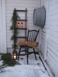 Applying Wooden Planks Correctly To Make Rustic Winter Home Decoration 19