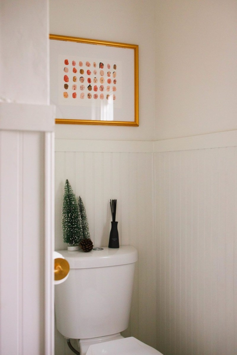 Awesome Winter Bathroom Decor You Need To Have 05