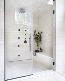 Awesome Winter Bathroom Decor You Need To Have 14